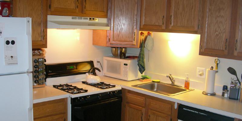8 Best Hardware Designs for Shaker Kitchen Cabinets